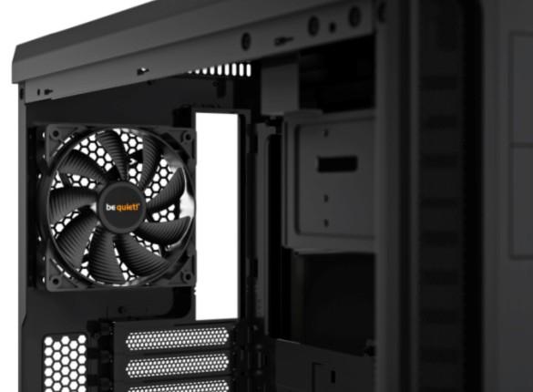 be quiet! Pure Base 600 Black, 492 x 221 x 468, IO-panel 2x USB 3.0, HD Audio, 2x 5,25, 3x 3,5, 2x 2,5, inc 1x 140 mm en 1x 120 mm fan, dual air channel cooling, 3 step fan controller 3x3 pin, Watercooling ready